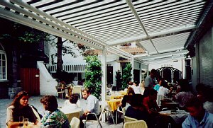 Large Terrace Restaurant Awnings